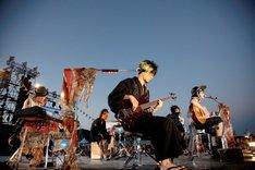 アコースティックセッションの様子。(撮影:田中和子)