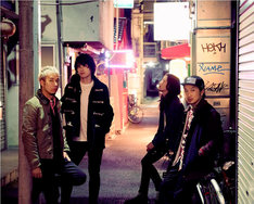 The BeatmossはILMARI(Vo / RIP SLYME)、KOSEN(G)、YAS(B)、SOHNOSUKE(Dr / quasimode)の4人からなるロックバンド。