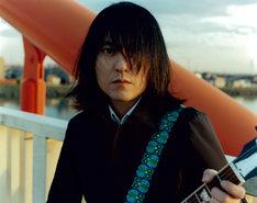 中村一義。中村は6月18日にライブDVD「20121221 -博愛博 2012-」をタワーレコード限定でリリースする。