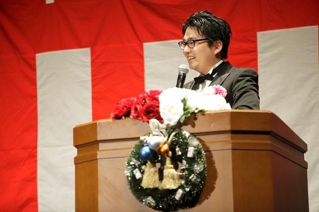 紅白歌合戦オタクでありながら、黒柳徹子オタク、デパートオタク、エレベーターオタクでもある寺坂直毅。
