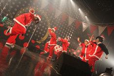 写真は12月24日の東京・Zepp Tokyo公演の模様。(Photo by:佐藤寧花)