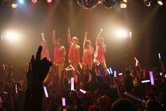 THE ポッシボー(2月14日に行われた「THE ポッシボーより愛を込めて!最新情報大発表しまーすっ!!」の様子)