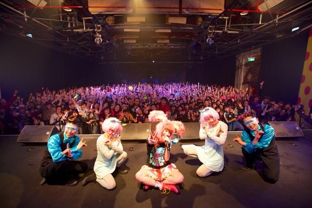 きゃりーぱみゅぱみゅ台湾公演の模様。(Photo by Aki Ishii)