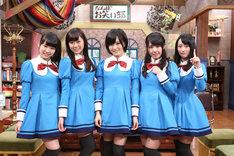 「NMB48 げいにん!!2」に出演する小笠原茉由、渡辺美優紀、山本彩、山田菜々、小谷里歩(左から)。