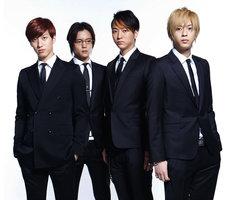 劇中に登場するCRUDE PLAY(左から水田航生、窪田正孝、浅香航大、三浦翔平)。