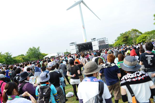 「TOKYO METROPOLITAN ROCK FESTIVAL 2013」会場の様子。(C) Metrock 2013