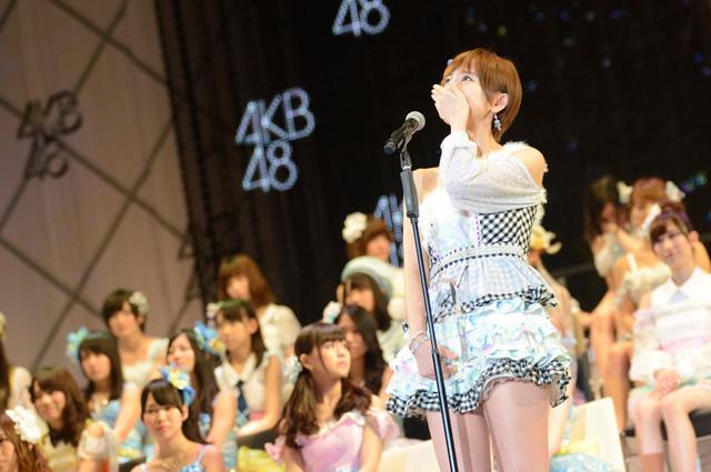 総選挙5位を獲得したAKB48篠田麻里子。(c)AKS