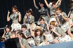 AKB48チームBによる「チームB推し」の模様。(c)AKS