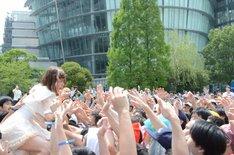「TOKYO IDOL FESTIVAL 2013」SMILE GARDENで圧巻のパフォーマンスを見せた後藤まりこ。
