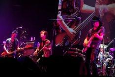 電大のライブの様子。(Photo by TEPPEI)