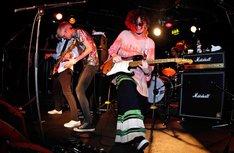 the telephonesが9月25日に行ったロンドン公演の様子。(Photo by Chiaki Nozu)