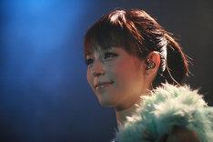 平野綾「バースデー & #AYATOMO発足記念ライブ」の様子。