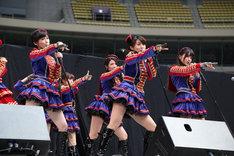 本日10月27日に開催された愛知・ナゴヤドームでの握手会イベントの様子。(c)AKS