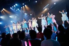 HKT48ひまわり組「パジャマドライブ」初日公演の様子。 (c)AKS