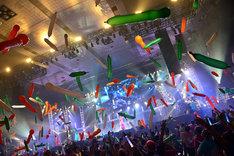 風船が飛び交う愛知県体育館。