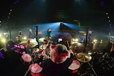 EARTH STAGEにて2014年へのカウントダウンを担当したMAN WITH A MISSION。