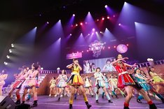 HKT48「HKT48九州7県ツアー~可愛い子には旅をさせよ~」初日公演の様子。 (c)AKS