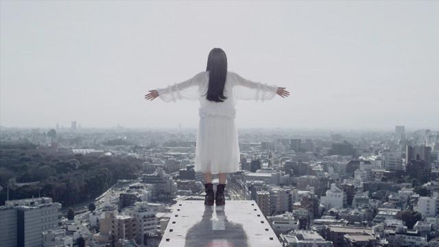 miwa「Faith」ビデオクリップのワンシーン。
