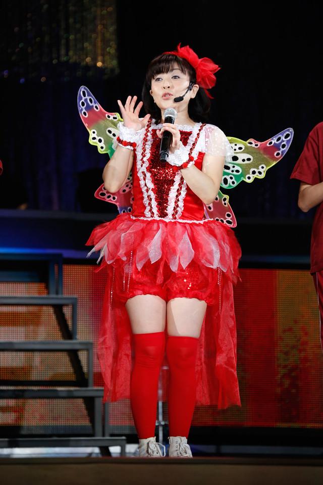 ラジオドラマのコーナーに登場した松本明子。