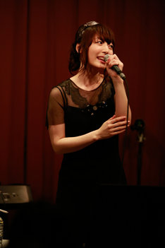 花澤香菜「かなまつり」夜公演の様子。
