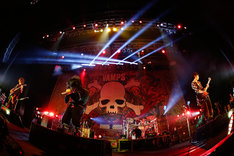 「VAMPS LIVE 2014: LONDON PRE-LIVE [VAMPADDICT ONLY]」の様子。(撮影: 田中和子)