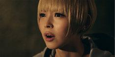 「ナイツオブグローリー」テレビCM「激闘グリフォン篇」のワンシーン。