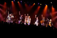 "「Goose house×片平里菜 Special Live ""連休頃、遊びにおいでよ""」の様子。"