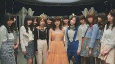 AKB48「今日までのメロディー」PVのワンシーン。 (c)AKS