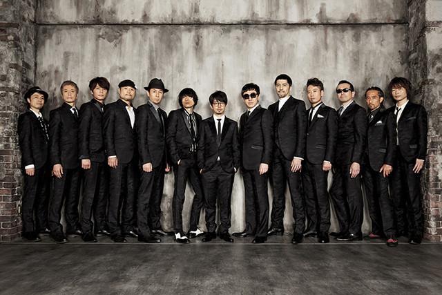 東京スカパラダイスオーケストラとASIAN KUNG-FU GENERATIONのアーティスト写真。