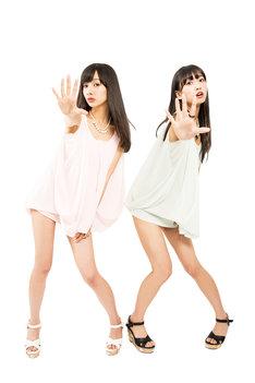 ななのん。左から前田希美、なあ坊豆腐@那奈。