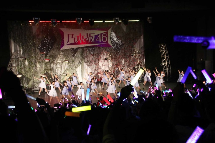 「乃木坂46アンダーライブ」追加公演の様子。 (c)乃木坂46LLC