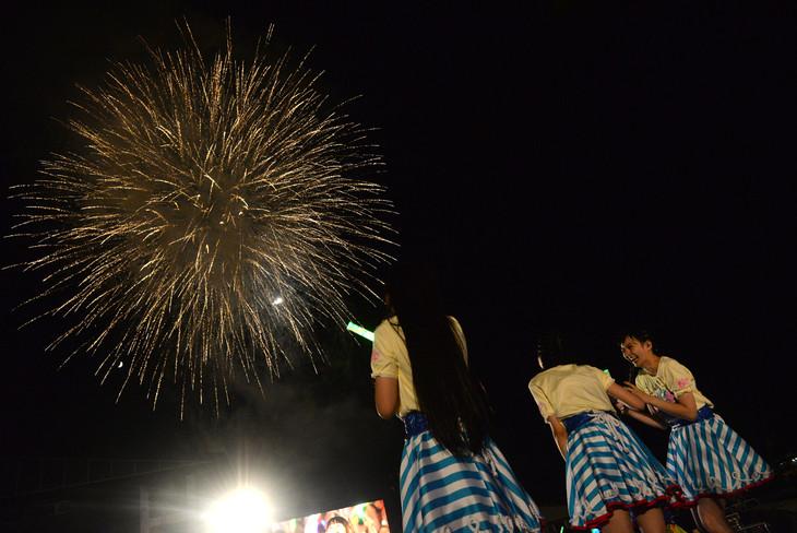 本日8月2日に開催された「エビ中 夏のファミリー遠足 略してファミえん in 山中湖2014」の様子。