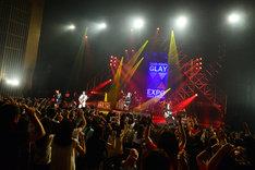 「GLAY LIVE TOUR 2014 TOHOKU」の様子。