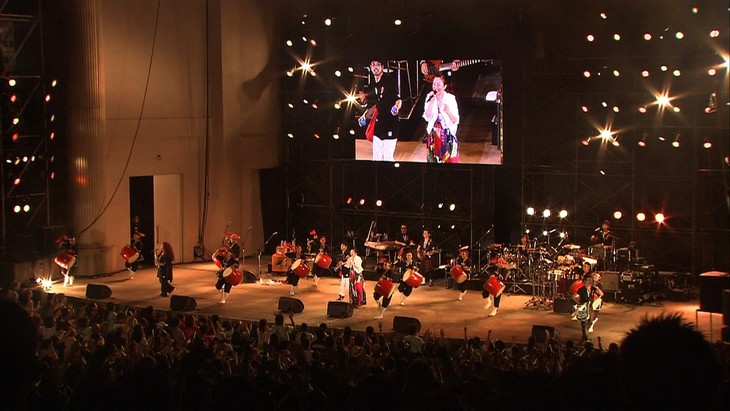 「AEON presents 25th Anniversary DREAMS COME TRUE CONCERT TOUR 2014~ドリカムの夕べ IN 沖縄~」の様子。