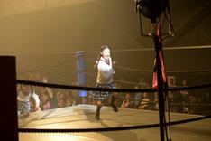 颯爽とリングに駆け上がってきた岡田愛選手。