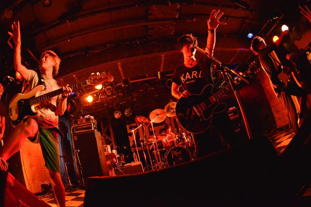 THE ORAL CIGARETTES(Photo by Kazumichi Kokei)