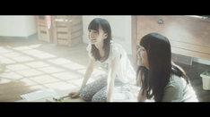 乃木坂46「あの日 僕は咄嗟に嘘をついた」PVのワンシーン。