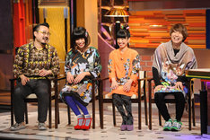 「LIVE MONSTER」でのトークの様子。(c)日本テレビ