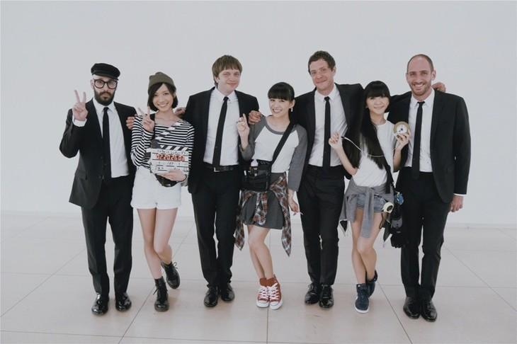 OK GoとPerfume。