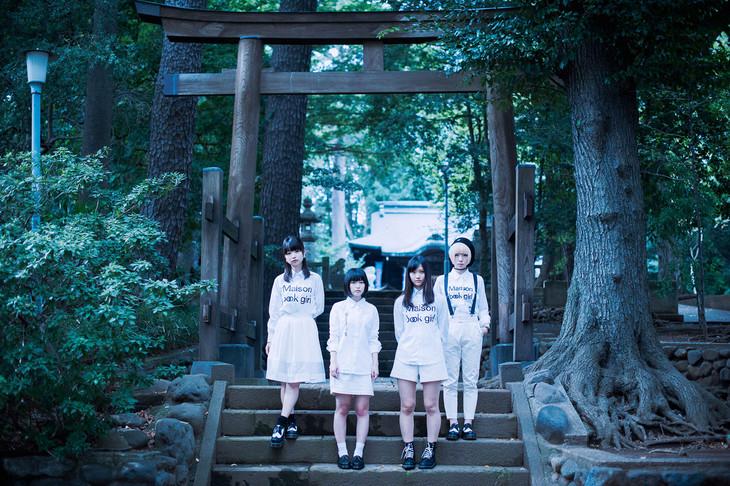 Maison book girl。左から宗本花音里、矢川葵、井上唯、コショージメグミ。