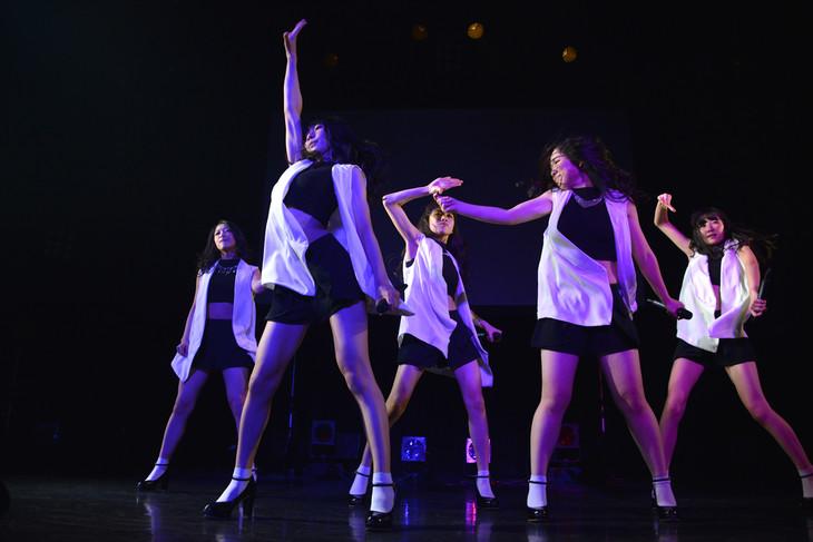 東京女子流「HARDBOILED NIGHT 第5夜『Promised Land 約束の地』」の様子。