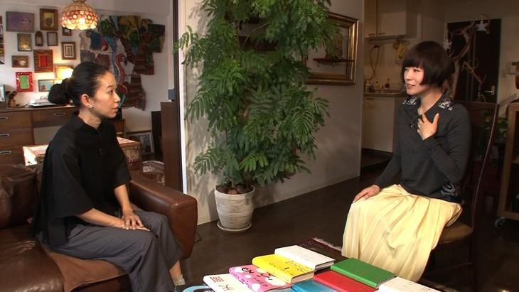 左から西加奈子、椎名林檎。(写真提供:NHK)
