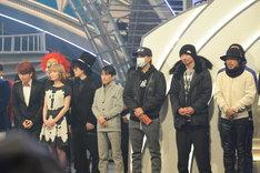 顔合わせに参加した白組出演者。左からSEKAI NO OWARI、福田こうへい、EXILE。