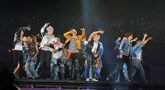"""1月18日に行われた「BIGBANG JAPAN DOME TOUR 2014~2015 """"X""""」大阪・京セラドーム大阪公演の様子。"""