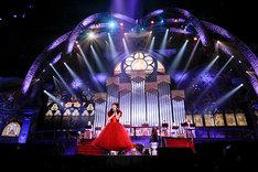 教会ステージの様子。(Photo by hajime kamiiisaka)