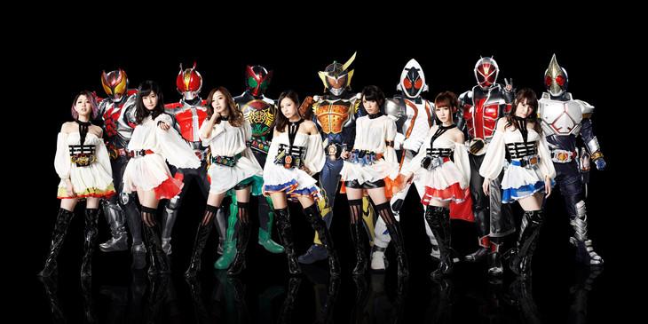 KAMEN RIDER GIRLS。名倉かおりは左端。