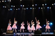 palet「palet LIVE TOUR 2015~LOVE n' ROLL !!~」ツアーファイナルの様子。