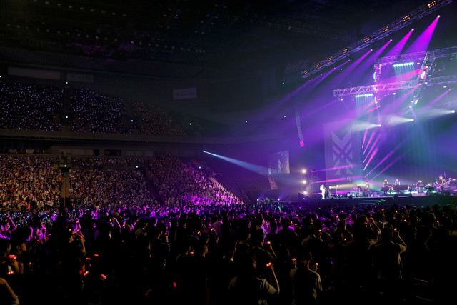 "「坂本真綾 20周年記念LIVE ""FOLLOW ME""」の様子。"