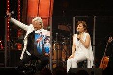 玉置浩二と平原綾香。(写真提供:NHK)