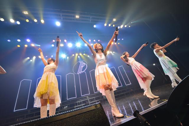 """「東京パフォーマンスドール ZEPP TOUR 2015春~DANCE SUMMIT""""Best of 1×0 FINAL""""~」の様子。"""